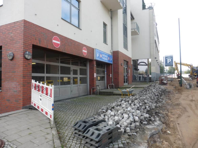 Rathauspassage Eberswalde Parkhaus-002-1170x878 Arbeiten vor der Parkhauseinfahrt Aktuelles