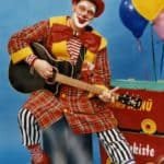 Rathauspassage Eberswalde clown-gitarre-2-150x150 `ABC und 1 2 3- Clown Nanü ist mit dabei` Aktuelles Veranstaltungen