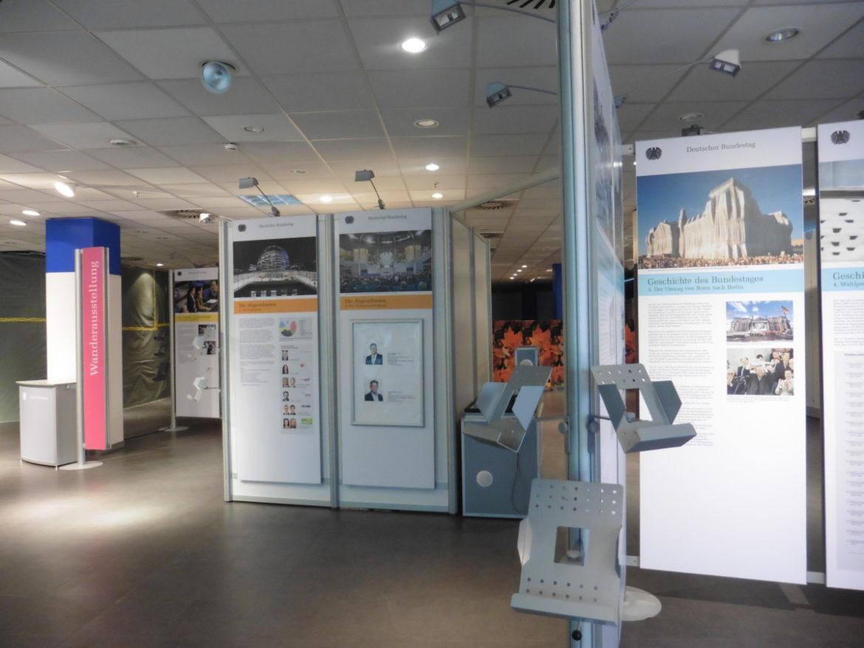 Rathauspassage Eberswalde Ausstellung-zum-Deutschen-Bundestag-001-1170x878 Wanderausstellung zum Deutschen Bundestag Aktuelles